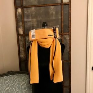 NWT!!! EDDIE BAUER Earband with Scarf